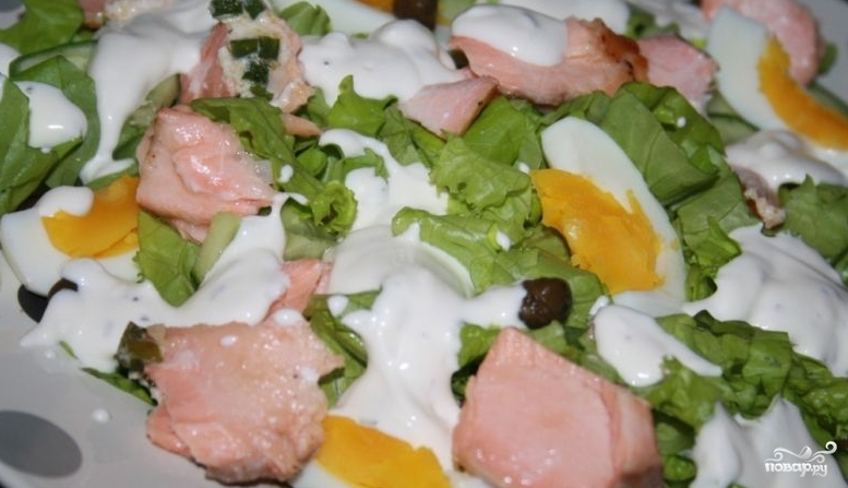 Салат из лосося горячего копчения - фото шаг 6