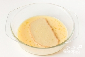 Гренки на сковороде - фото шаг 3