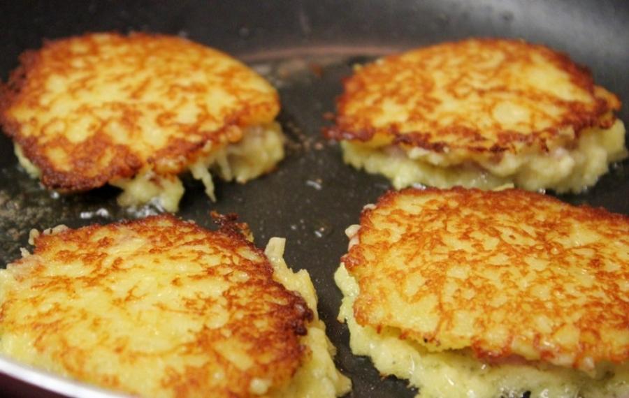 Деруны картофельные с мясом - фото шаг 5