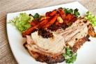 Свиная корейка на кости с морковью