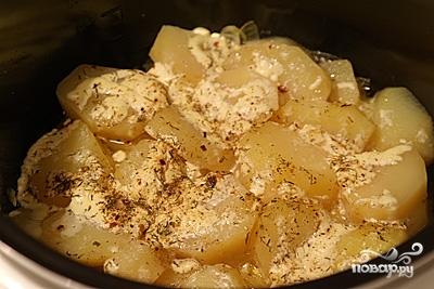 Картофель на гарнир в мультиварке - фото шаг 3