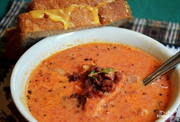 Томатный суп с беконом
