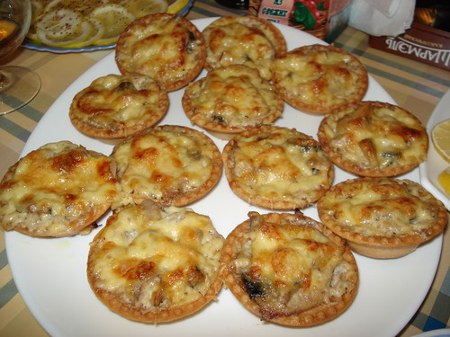 Салат в тарталетках с грибами - фото шаг 3