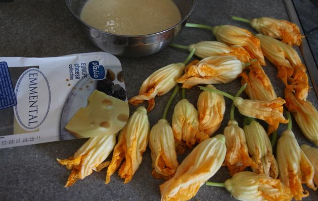Рецепт Цветы тыквы в кляре