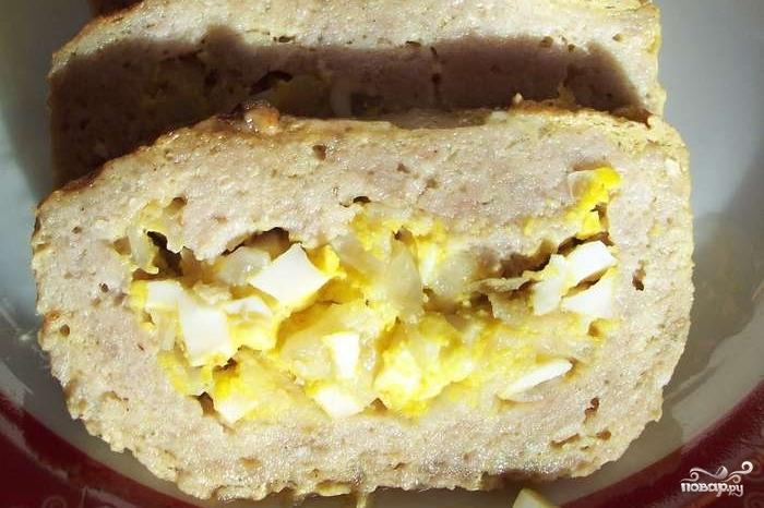 мясной рулет с луком и яйцом фото рецепт