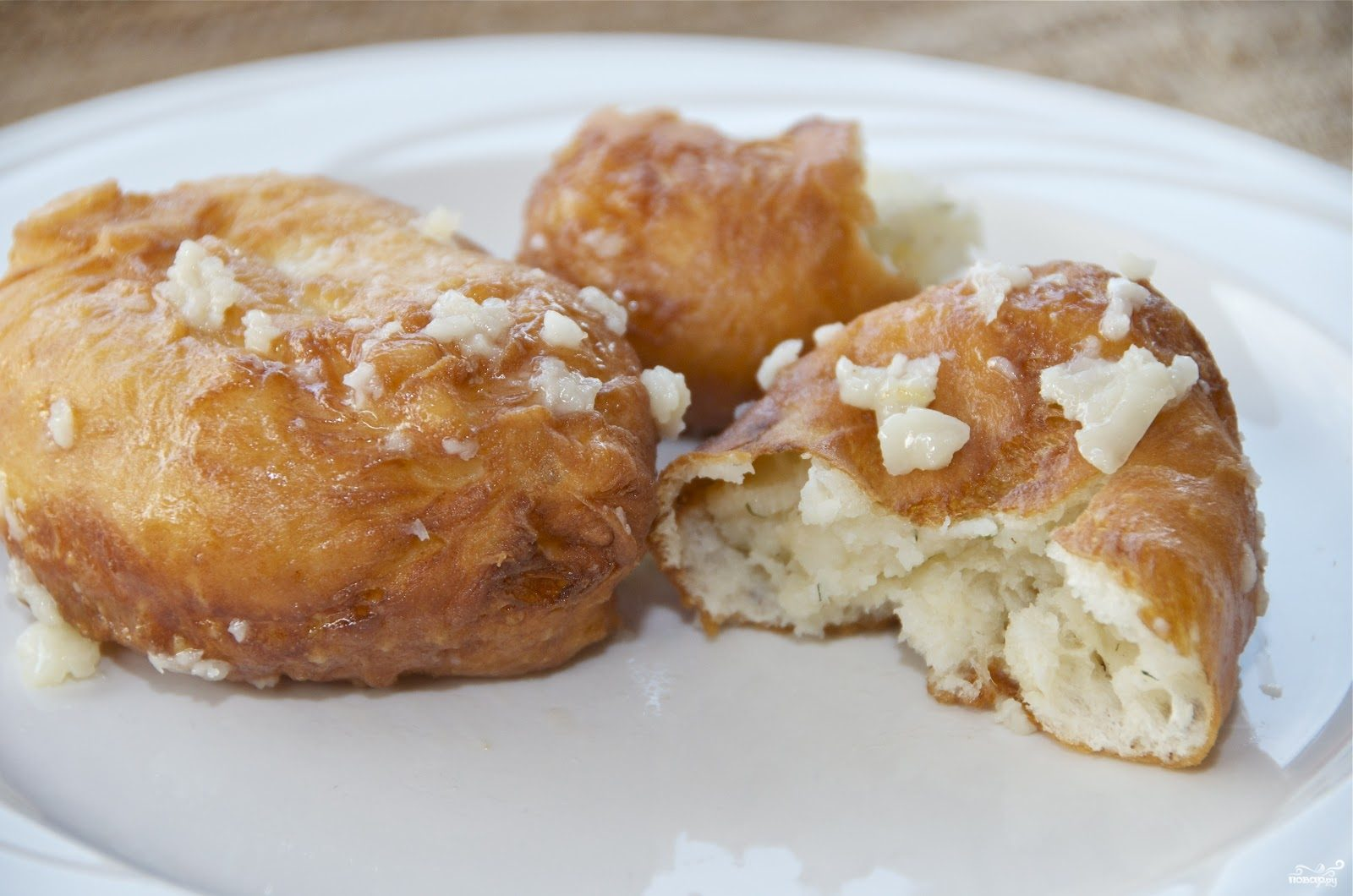 Пирожки с картошкой жареные