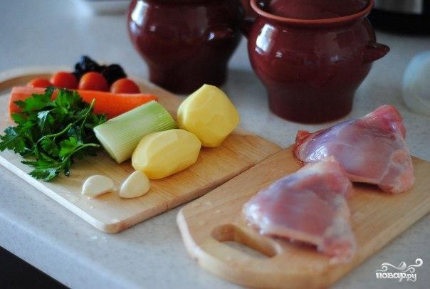Рецепт Куриное жаркое в горшочках