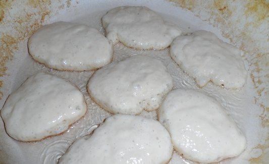 Блинчики на молоке толстые - фото шаг 3