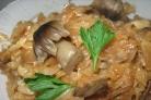 Тушеная квашеная капуста с грибами