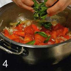 Линь с запеченными помидорами и перцами - фото шаг 4