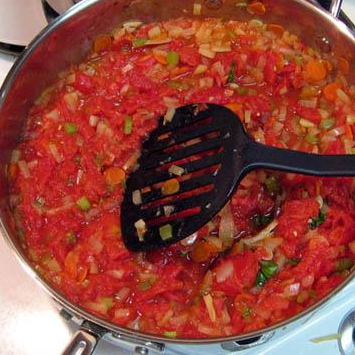 Сырный Тортеллини с мясным соусом - фото шаг 11
