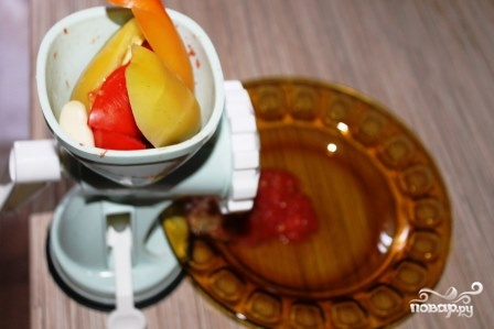 Аджика из помидоров и перца - фото шаг 1
