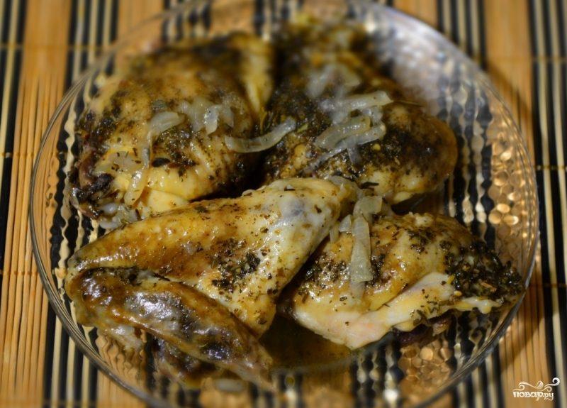 Курица с луком в мультиварке