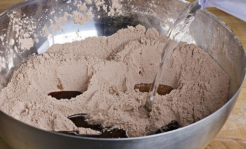 Шоколадный кекс пятиминутный - фото шаг 2