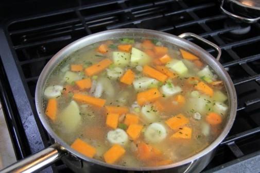 Суп из куриных лапок - фото шаг 6