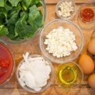 Рецепт Яичница с капустой кале и сыром Фета