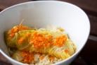 Колбаски в капустном одеяльце