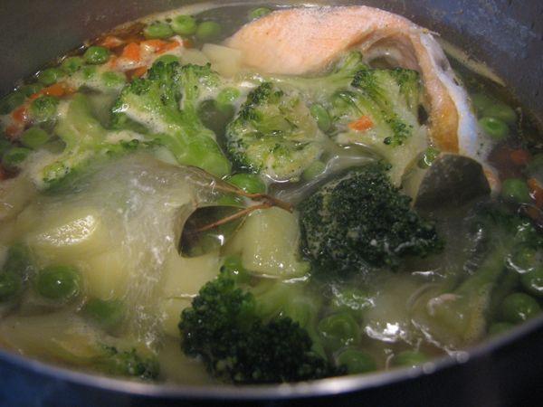 Овощной суп с рыбой - фото шаг 6