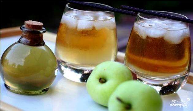 Яблочно-имбирный коктейль