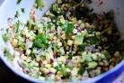 Сальса из свежей кукурузы и авокадо
