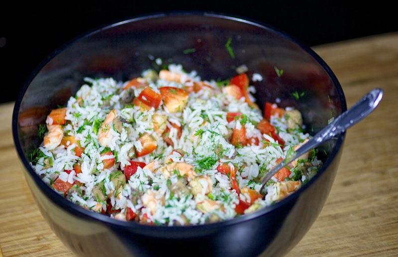 Салат с жареными грибами - фото шаг 9