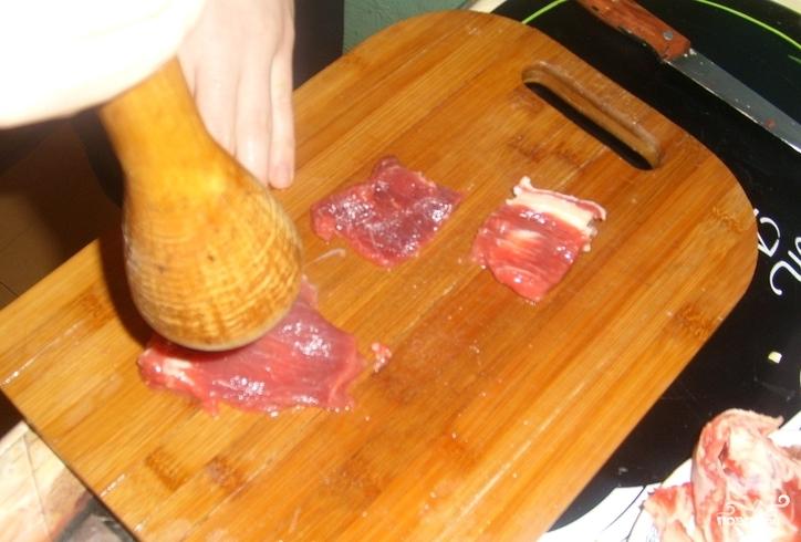 Говядина по-французски в духовке - фото шаг 2