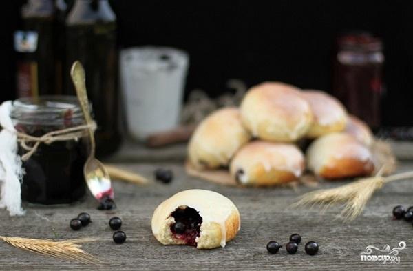 Рецепт Пирожки со смородиной
