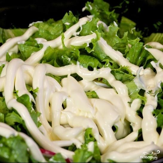 Салат с редиской и яйцом - фото шаг 7