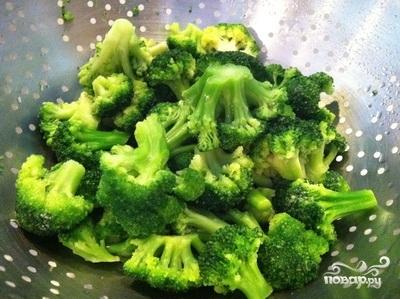 Рецепт Крабовый салат с брокколи