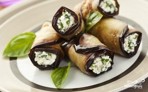 Вкусные рулетики из баклажанов с сыром