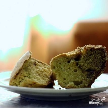 Кекс с бразильским орехом, вареньем и шоколадом - фото шаг 17