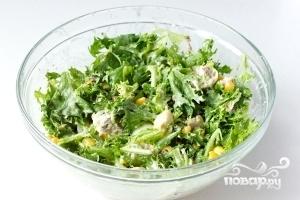 Салат из сардины в масле - фото шаг 9