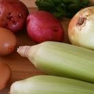 Рецепт Жареный картофель с кукурузой и яйцом