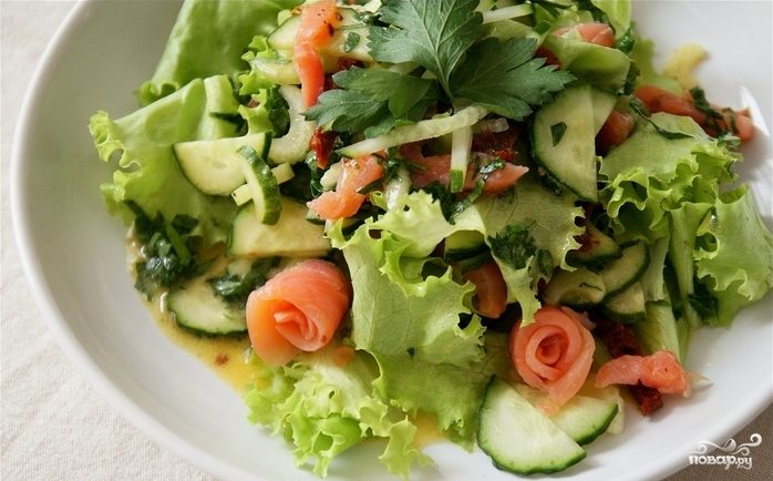 Салат из слабосоленой семги