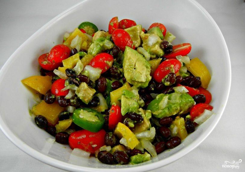 Рецепт Салат с авокадо и фасолью