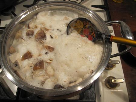 Маринованные белые грибы для супа - фото шаг 3