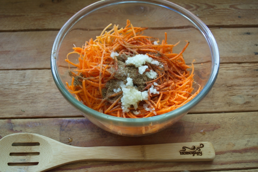 Сыроедческая морковка по-корейски - фото шаг 3