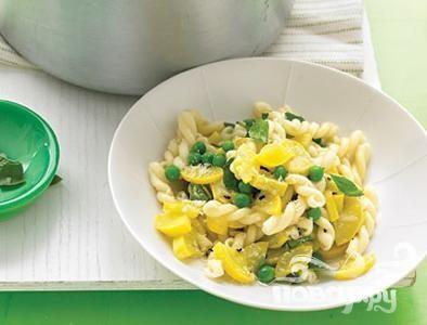 Рецепт Паста со сквошем, горохом и базиликом