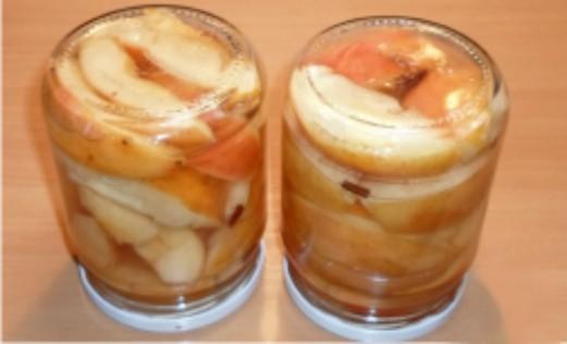 Яблоки в сиропе на зиму - фото шаг 8