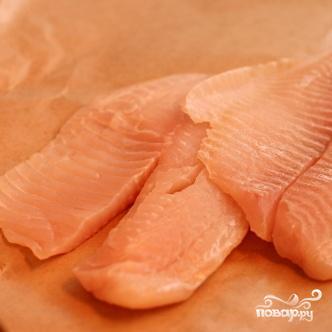 Запеченная рыба с картофелем и томатным соусом - фото шаг 3