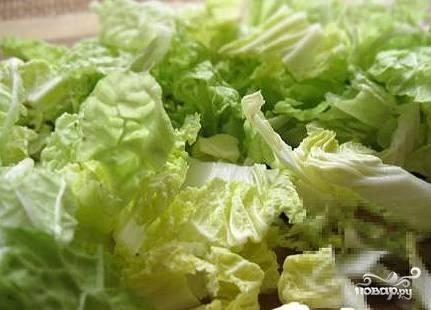 """Салат """"Цезарь"""" с капустой - фото шаг 1"""