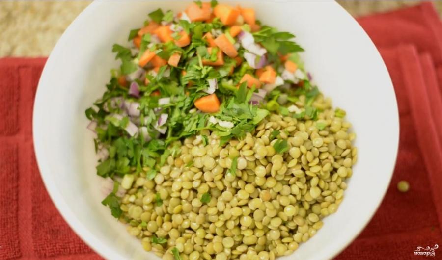 Диетический салат с чечевицей - фото шаг 4