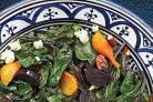 Салат с печеной свеклой и голубым сыром