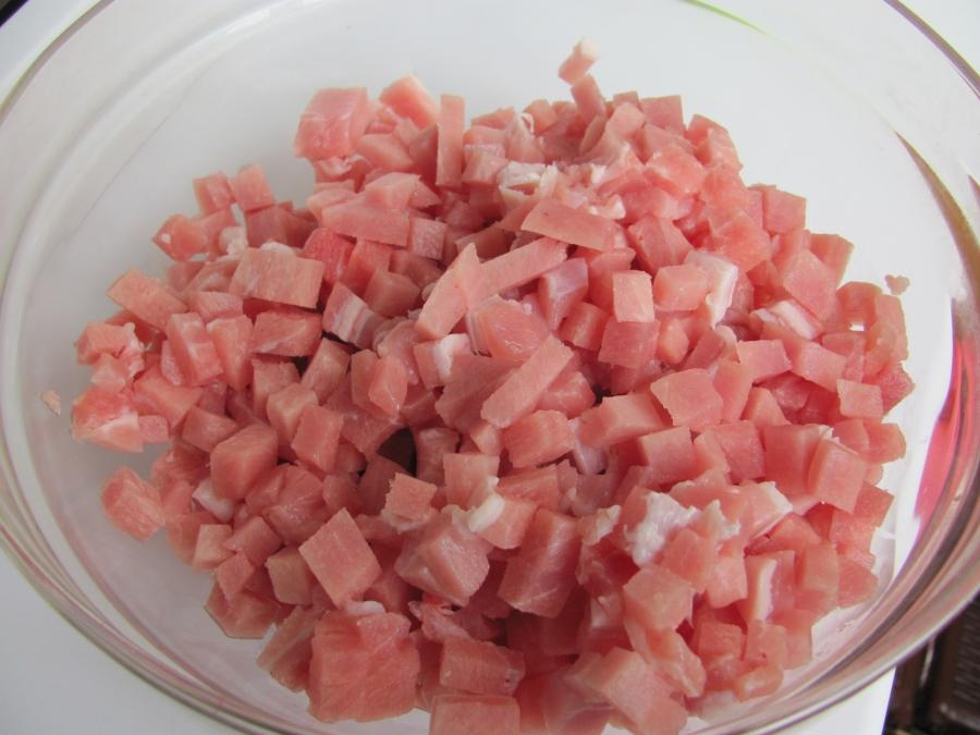 Котлеты из кусочков мяса - фото шаг 2