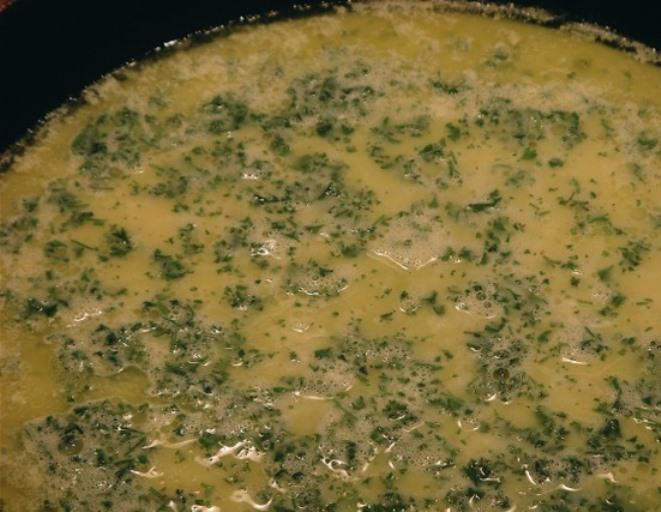 Омлет с морепродуктами - фото шаг 4