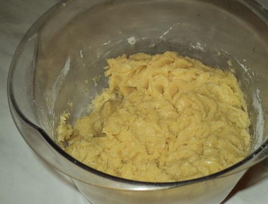 Пирог с черничным вареньем - фото шаг 4