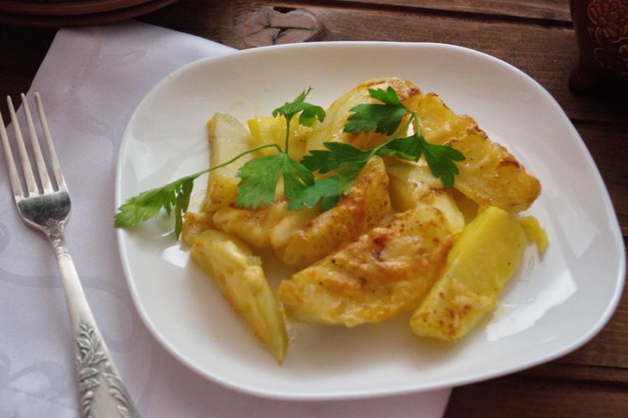 Картошка под сыром в духовке - фото шаг 7