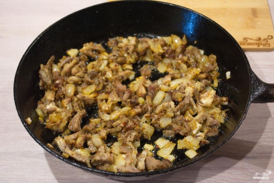 Булочки с мясом в духовке - фото шаг 6