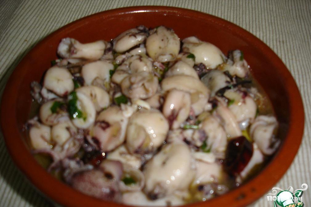 Рецепт Кальмары в чесночном соусе