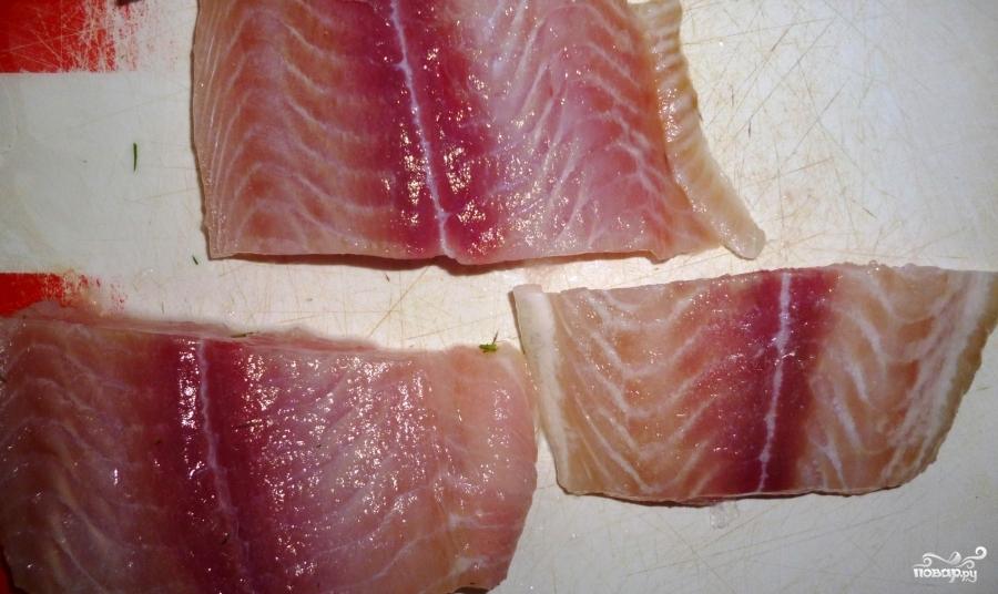 Филе пангасиуса в кляре - фото шаг 1